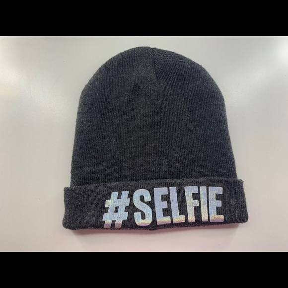 Selfie Knit Beanie Hat